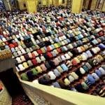 Namazı Terk Edenin İslam'da Nasibi Yoktur!